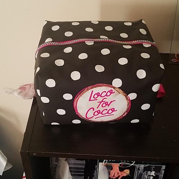 063c24c43d75c Bundle 2 for $14- PINK beauty bag NWT
